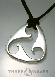 Paddlerschmuck-threewaves-logo-anhaenge